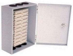 Фото: ШНР-100, Шкаф распределительный настенный на 100 пар со спецзамком и с 10-ю плинтами