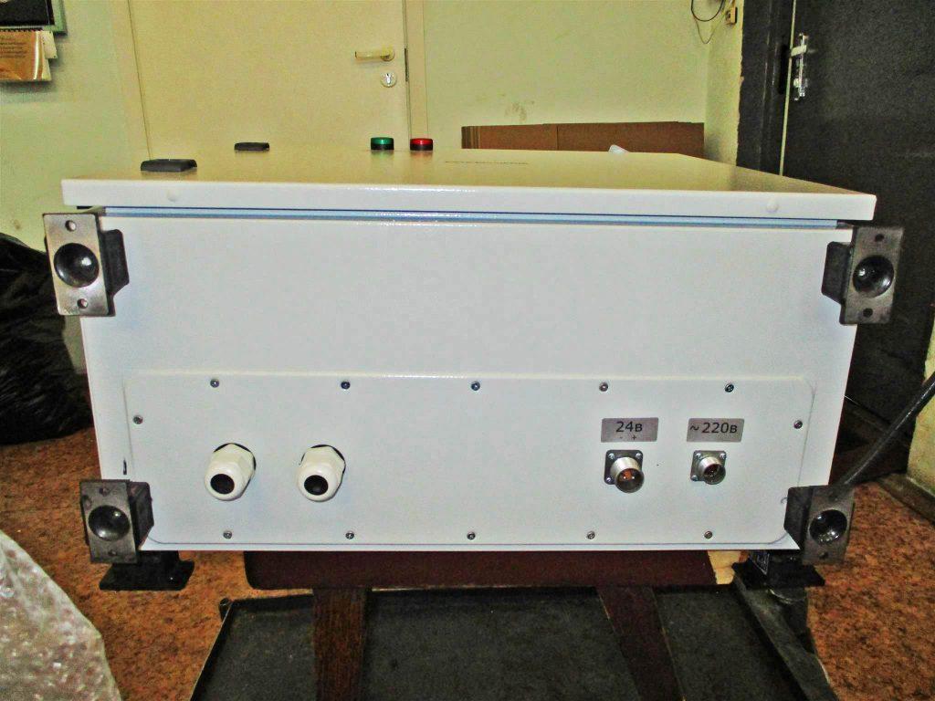Фото шкафа IP 65 для АТС и станционного кросса, вид снизу.